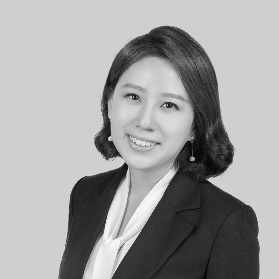 Melissa W Chang JD, LLM headshot